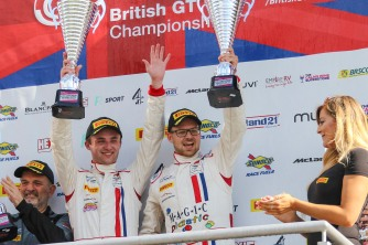 British GT 2017 Win Brands Hatch